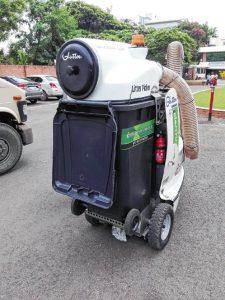 Gluton-garbage-co0llection-machine